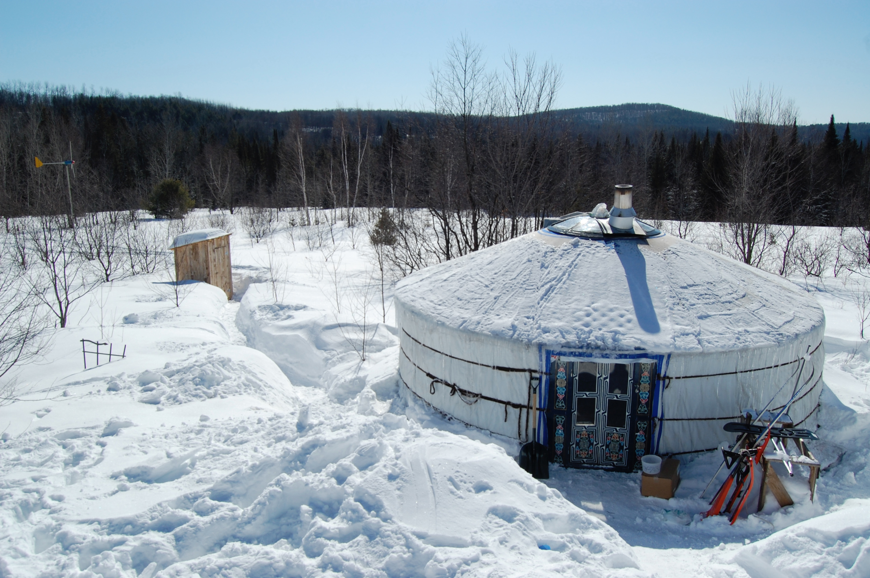 Groovy Yurt in the winter time